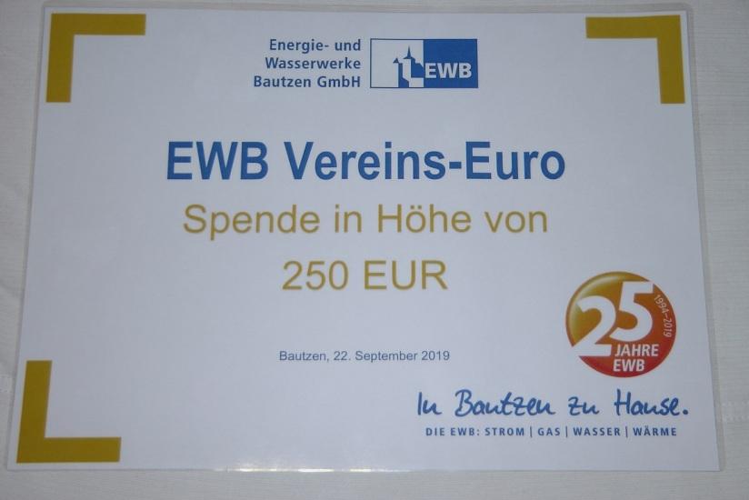 Spendenscheck EWB